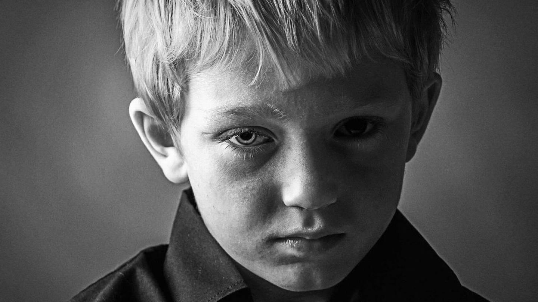 http://www.aftenposten.no/meninger/kronikker/Mitt-helvete-begynte-den-dagen-jeg-ble-voldtatt-av-mamma-7882246.html