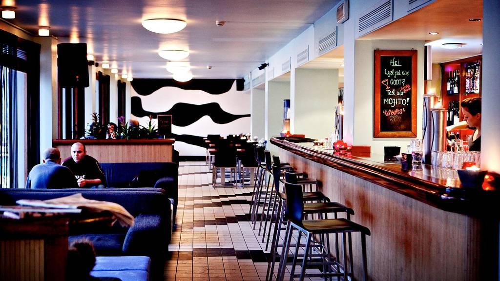 Kj?kken og Bar, Youngstorget ? Restaurantguiden fra Osloby